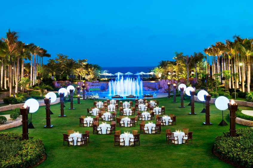 The St. Regis Sanya Yalong Bay Luxury Resort - Hainan, China - Central Lawn Barbecue