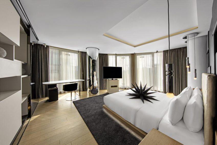W London Luxury Hotel - London, United Kingdom - WOW Suite King