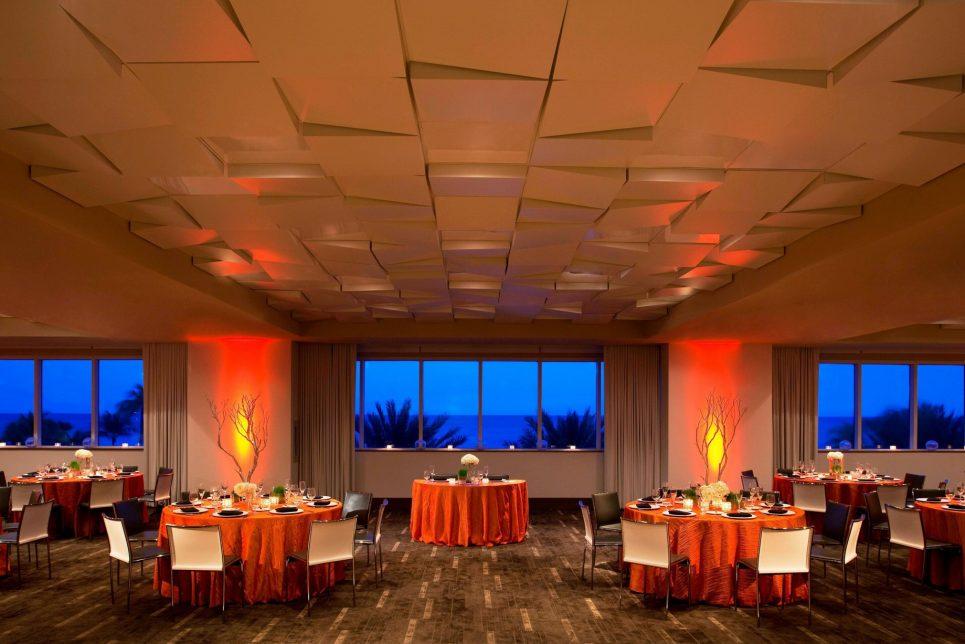 W Fort Lauderdale Luxury Hotel - Fort Lauderdale, FL, USA - Studio Room Social Setup
