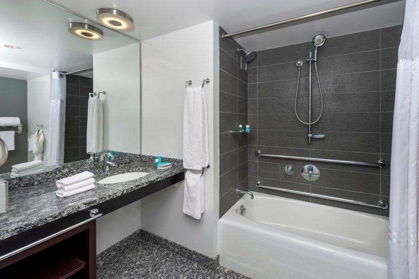 W Boston Luxury Hotel - Boston, MA, USA - Wonderful Guest Bathroom Tub