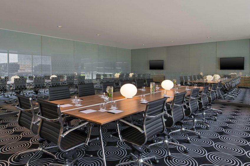 W Bogota Luxury Hotel - Bogota, Colombia - Studio 2 Table