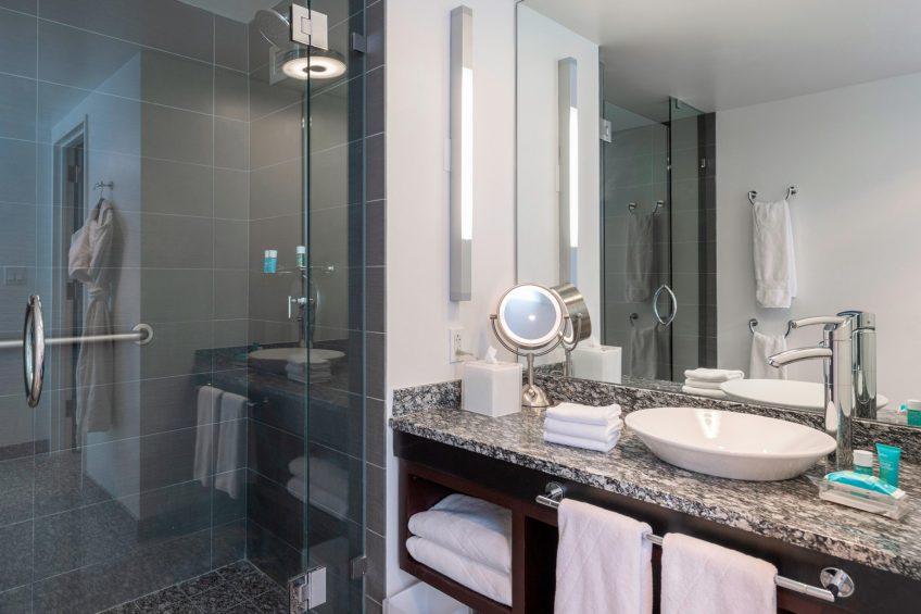 W Boston Luxury Hotel - Boston, MA, USA - Wonderful Guest Room Bathroom