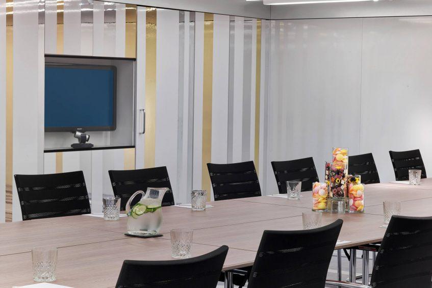 W London Luxury Hotel - London, United Kingdom - Studio Boardroom Seating