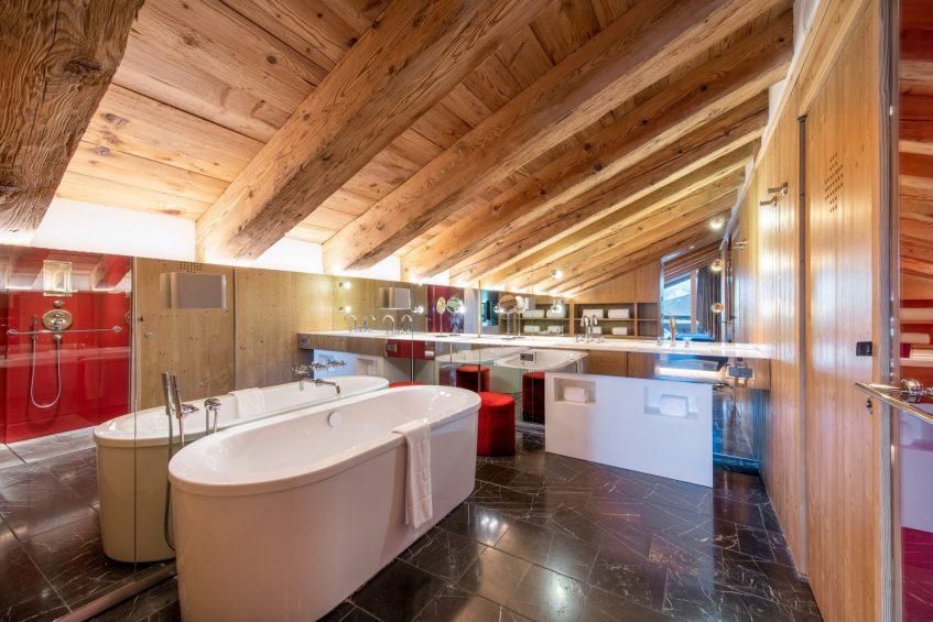W Verbier Luxury Hotel - Verbier, Switzerland - Fantastic Suite Bathroom Tub