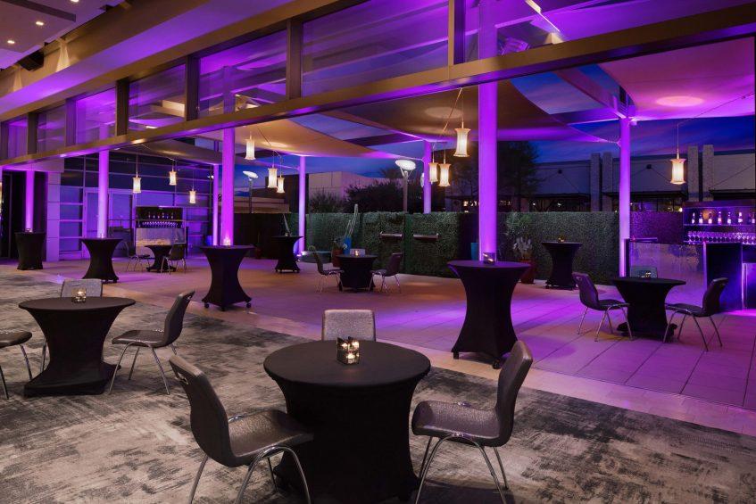 W Scottsdale Luxury Hotel - Scottsdale, AZ, USA - Social Mingle