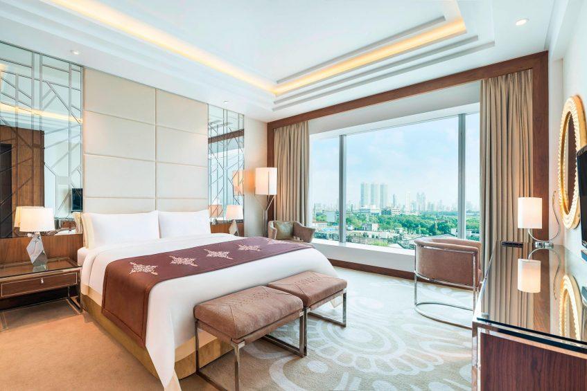 The St. Regis Mumbai Luxury Hotel - Mumbai, India - Residential Suite Bedroom