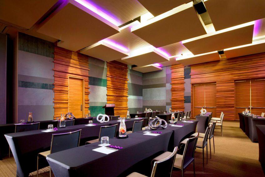 W Scottsdale Luxury Hotel - Scottsdale, AZ, USA - Great Room Tables