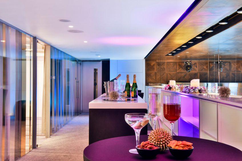 W London Luxury Hotel - London, United Kingdom - Studios Festive Setup