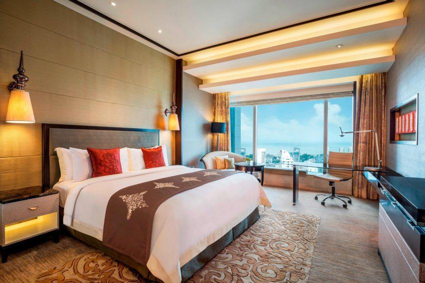 The St. Regis Mumbai Luxury Hotel - Mumbai, India - Deluxe Room City View