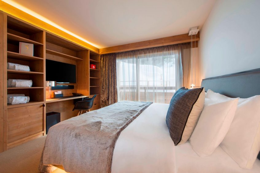 W Verbier Luxury Hotel - Verbier, Switzerland - Residence Bedroom Decor