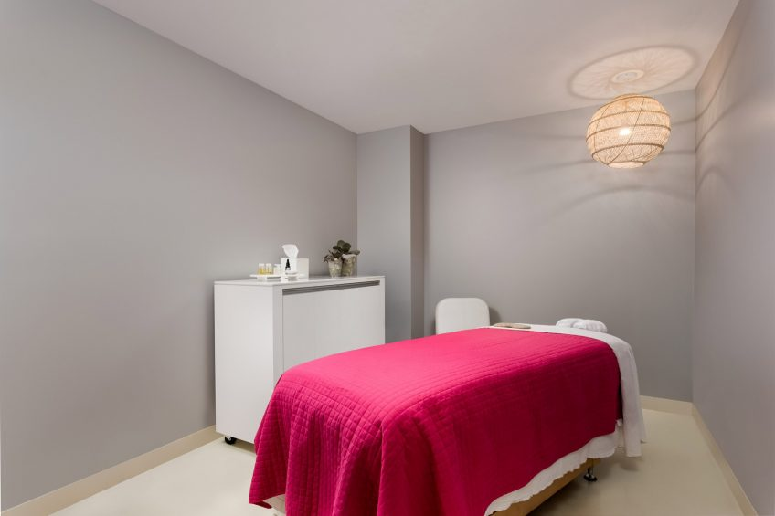 W Scottsdale Luxury Hotel - Scottsdale, AZ, USA - AWAY Spa Treatment Room