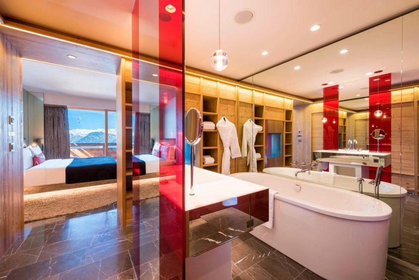W Verbier Luxury Hotel - Verbier, Switzerland - Spectacular Room Tub