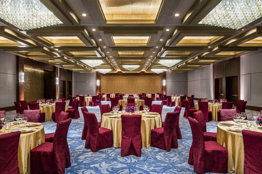 The St. Regis Macao Luxury Hotel - Cotai, Macau SAR, China - Astor Ballroom Chinese Wedding Banquet