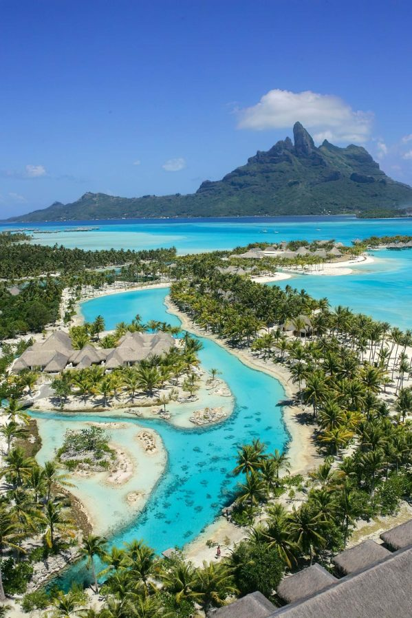 The St. Regis Bora Bora Resort - Bora Bora, French Polynesia - Bora Bora Lagoons