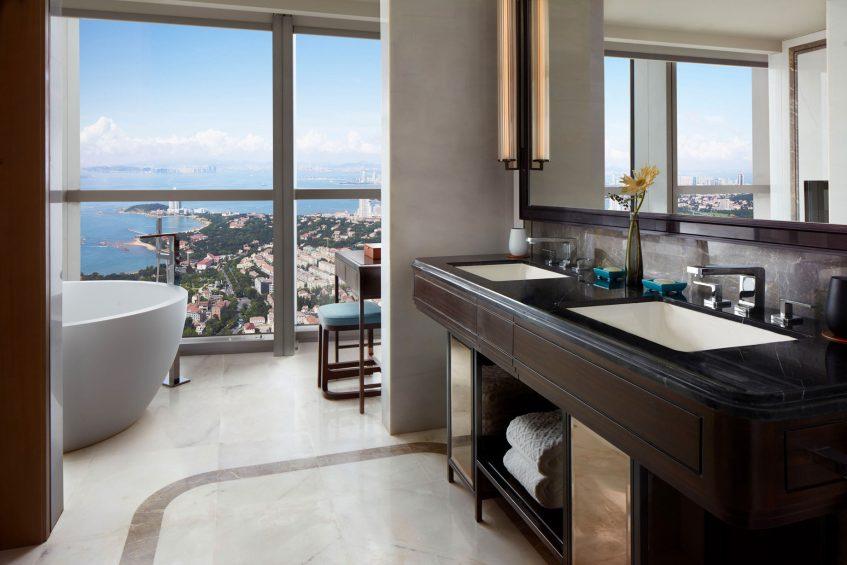 The St. Regis Qingdao Luxury Hotel - Qingdao, Shandong, China - BaDaGuan Ocean View King Guest Bathroom