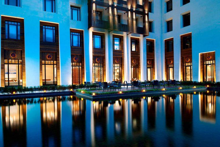 The St. Regis Lhasa Luxury Resort - Lhasa, Xizang, China - Yan Ting Chinese Restaurant Night