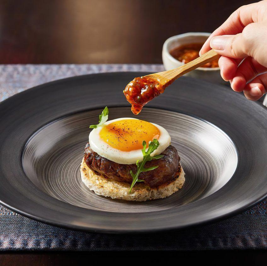 The St. Regis Kuala Lumpur Luxury Hotel - Kuala Lumpur, Malaysia - Superb Gourmet Egg Burger Cuisine