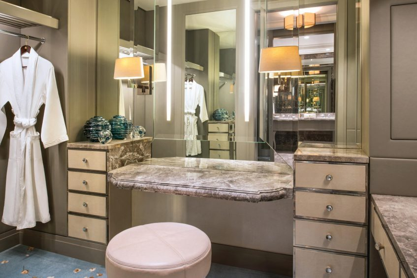 The St. Regis Kuala Lumpur Luxury Hotel - Kuala Lumpur, Malaysia - Guest Room Closet_