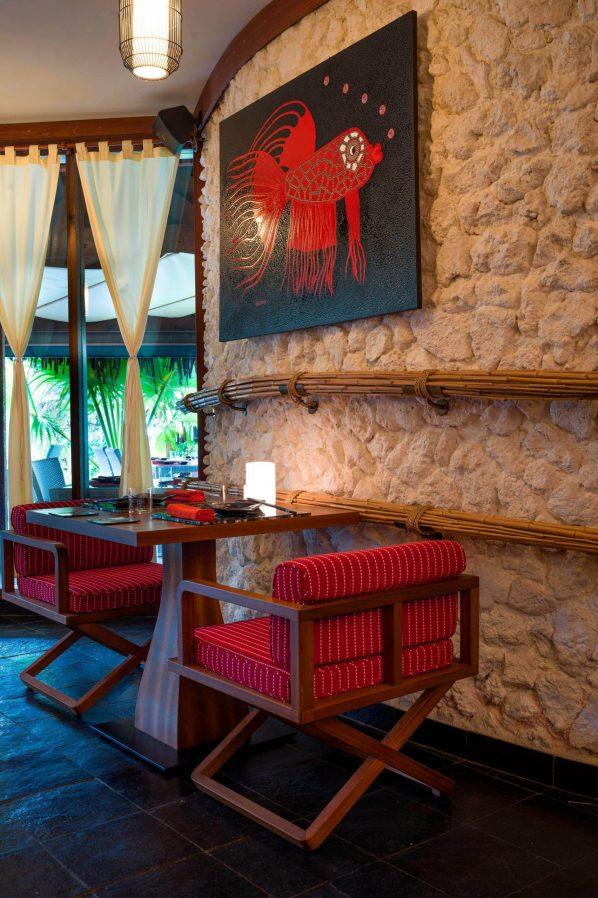 The St. Regis Bora Bora Resort - Bora Bora, French Polynesia - Bam Boo Restaurant Table