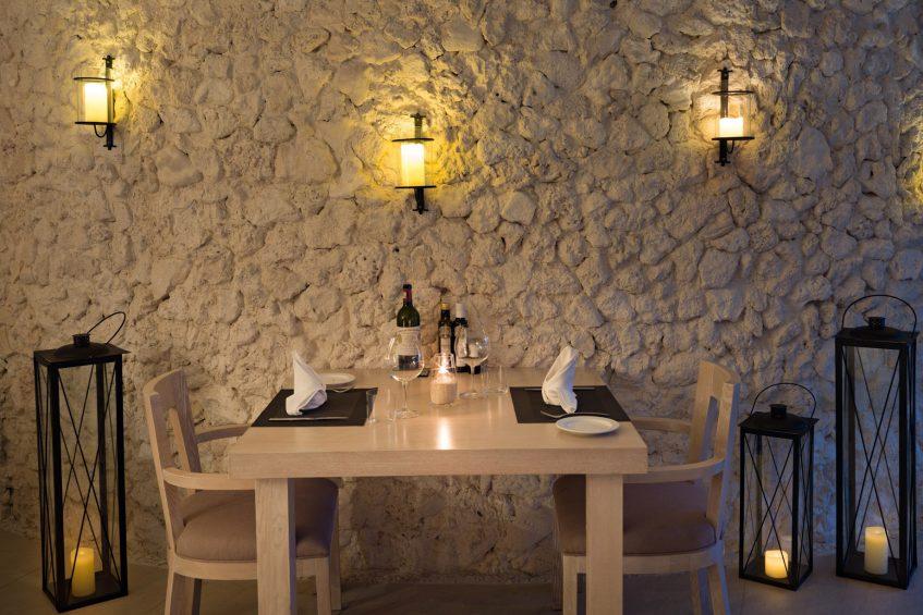 The St. Regis Bora Bora Resort - Bora Bora, French Polynesia - Far Niente Ristorante Table