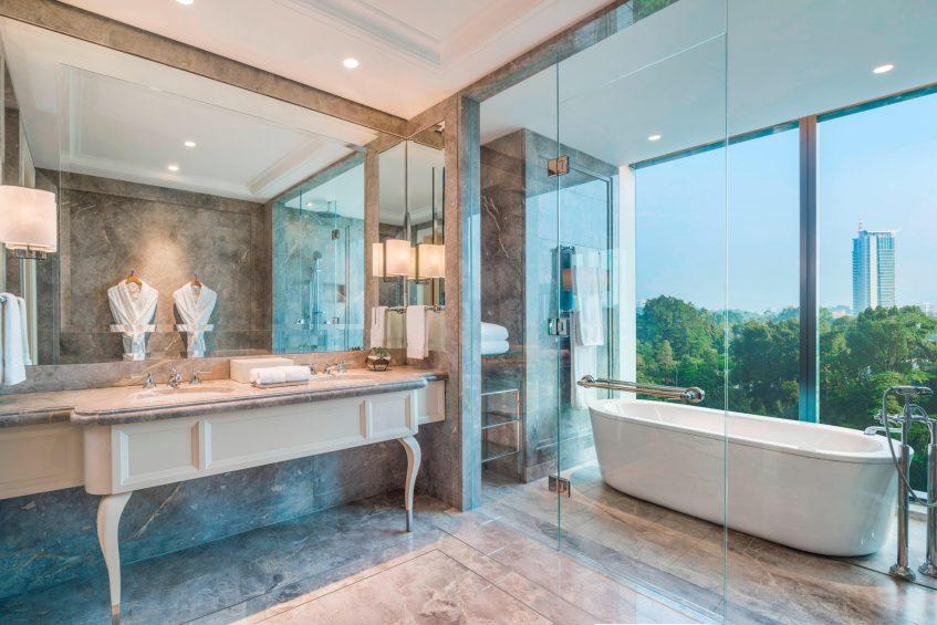 The St. Regis Kuala Lumpur Luxury Hotel - Kuala Lumpur, Malaysia - St. Regis Suite Bathroom