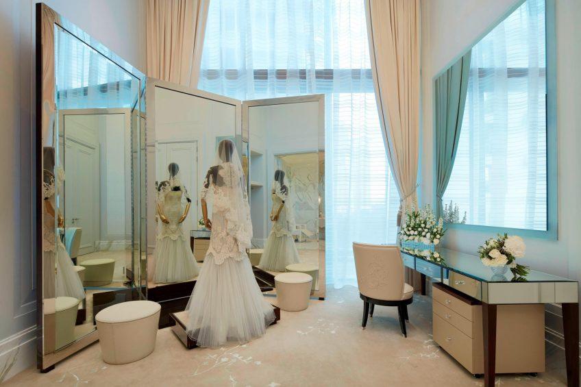 The St. Regis Kuala Lumpur Luxury Hotel - Kuala Lumpur, Malaysia - The Salon