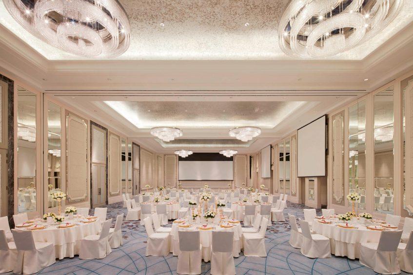The St. Regis Kuala Lumpur Luxury Hotel - Kuala Lumpur, Malaysia - Astor Room Round Table Set Up