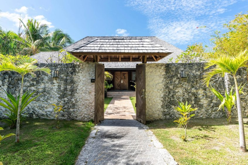 The St. Regis Bora Bora Resort - Bora Bora, French Polynesia - Two Bedrooms Garden Suite Villa With Pool Entrance