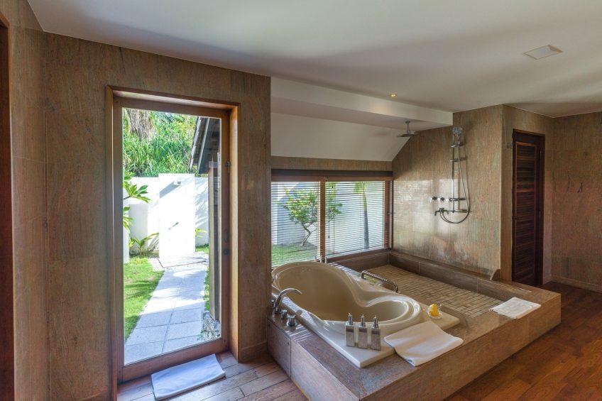 The St. Regis Bora Bora Resort - Bora Bora, French Polynesia - Two Bedrooms Garden Suite Villa With Pool Bathroom Tub